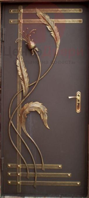 Стальная дверь с ковкой К9
